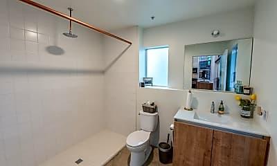 Bathroom, 3586 Adams Avenue, Unit 06, 2