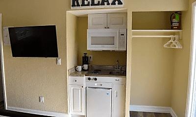 Kitchen, 2135 NE Dixie Hwy, 1