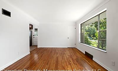 Living Room, 5839 Waterman Blvd, 1