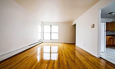 Living Room, 8231 S Ellis Ave, 1