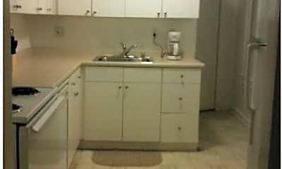 Kitchen, 1017 S Charles St, 2