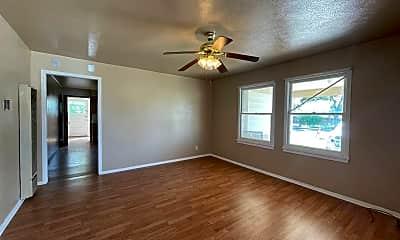 Living Room, 2304 W 14th St, 1