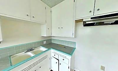 Kitchen, 1721 S Ridgeley Dr, 1