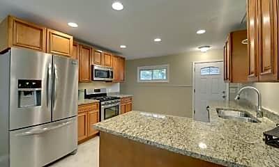 Kitchen, 4224 Edgewood Ave N, 0