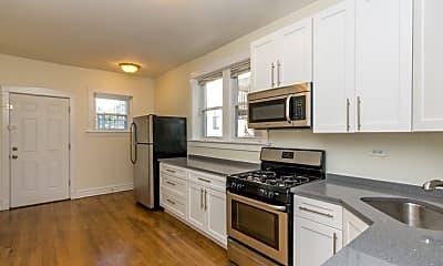 Kitchen, 4922 N Spaulding Ave 3, 1