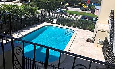 Pool, 3270 W Trade Ave, 0