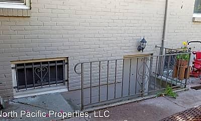 Patio / Deck, 406 NE 80th St, 2