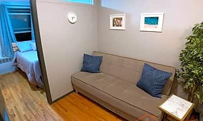 Living Room, 335 E 33rd St, 1