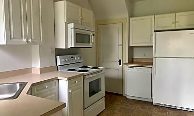 Kitchen, 917 Lincoln Ave, 1