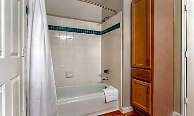 Bathroom, Regency at First Colony Apartments, 2