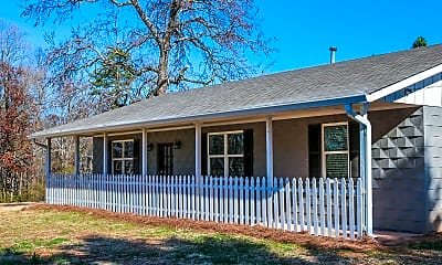 Room for Rent - Pendergrass Home, 1