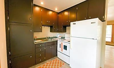 Kitchen, 902 W Badger Rd, 0