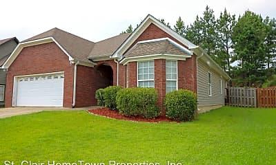 Building, 340 Oak Leaf Cir, 1