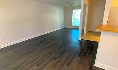 Living Room, 31 Laiken Ct, 1