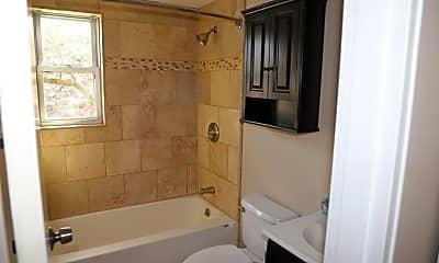 Bathroom, 329 Regency Park Dr, 1