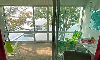 Patio / Deck, 315 Park Lake Blvd, 2