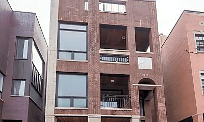 Building, 1133 W Addison St, 0