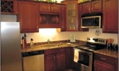 Kitchen, 5521 Executive Dr, 2