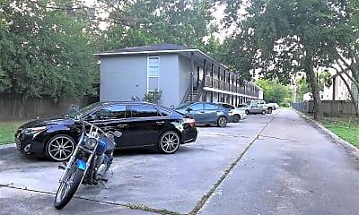 Building, 520 E Lagrange St, 2