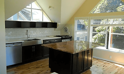 Kitchen, 617 NW 17th Ave, 1
