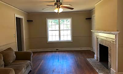 Living Room, 1502 Maple St, 1