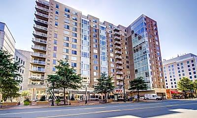 Building, 930 Wayne Ave 1307, 1