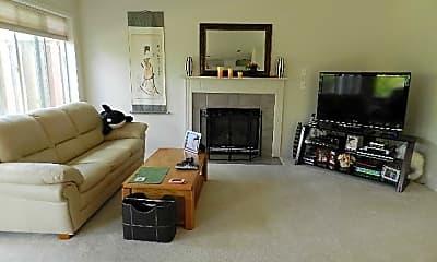 Living Room, 14863 NW Deerfoot lane, 1