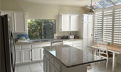 Kitchen, 24 Amarante, 1