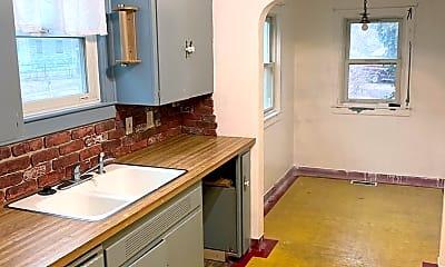 Bathroom, 308 E 5th Ave, 2