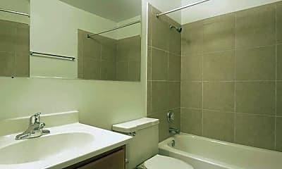 Bathroom, St. Charles Square, 2