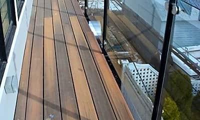 Patio / Deck, 933 E 2nd St, 2