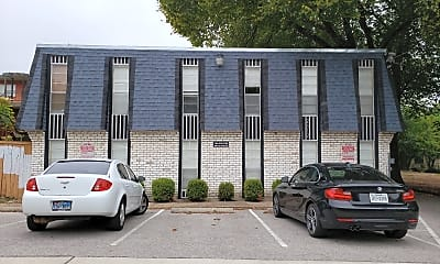 Montage Apartments West Campus, 1