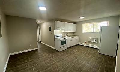Kitchen, 9407 E 17th Ave, 1