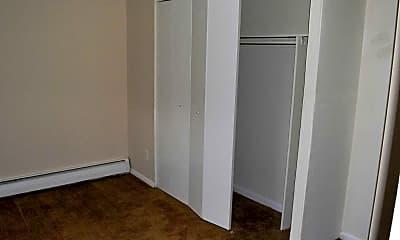 Bedroom, Cedar Court Apartments, 2