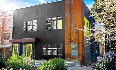Building, 623 Federal Ave E, 2