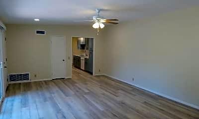 Living Room, 2512 Granada Cir, 1