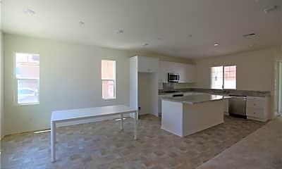 Living Room, 7542 Shorthorn St, 1