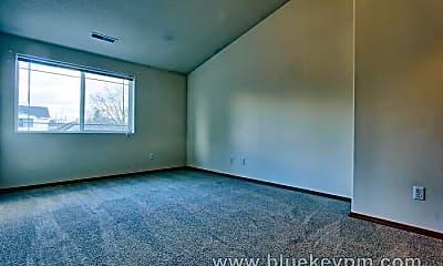 Living Room, 10141 N Calhoun Ave, 2