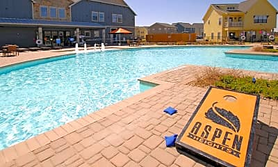 Pool, Aspen Heights Stillwater, 0