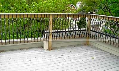 Patio / Deck, 195 Forest St, 1