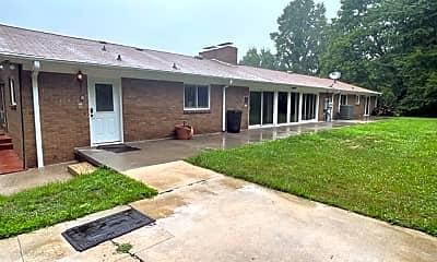 Building, 242 Keystone Drive Main, 1