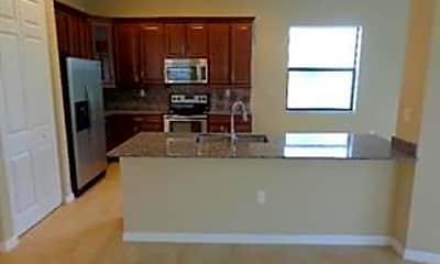 Kitchen, 9136 SW 39th St, 2