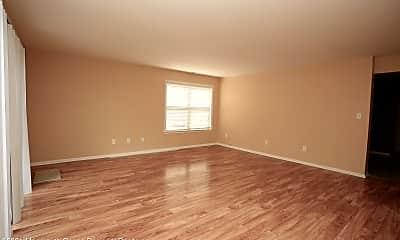 Living Room, 506 Tivoli Ct, 1