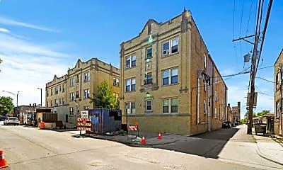 Building, 2410 N Kilbourn Ave 2, 0