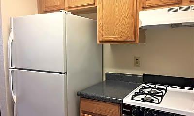 Kitchen, Pacific Pointe, 1