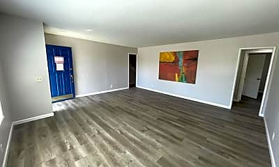 Living Room, 1115 Sage St, 1