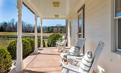 Patio / Deck, 870 Millers Cottage Ln, 2
