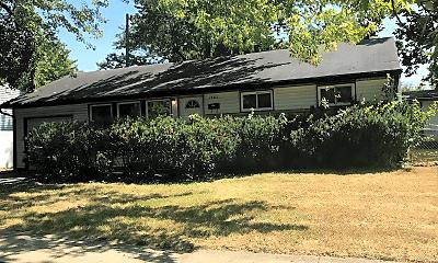 Building, 1202 Redwood Dr, 1