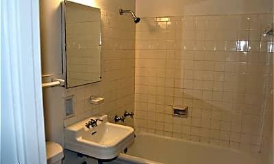 Bathroom, 1001 Logan St, 2