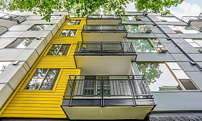 Building, 5819 Glisan, 1